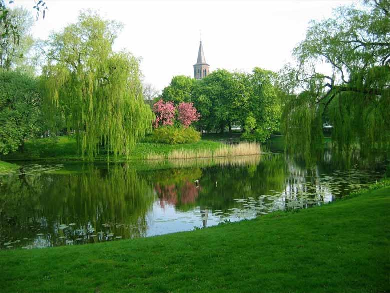 Der alte Stadtpark von Leeuwarden