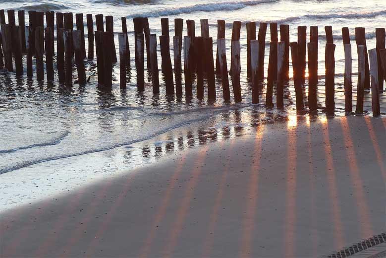 Sonnenuntergang am Strand der Walcheren-Region